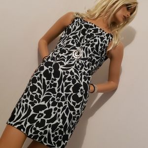CONNECTED APPAREL STRETCHABLE DRESS SIZE 4